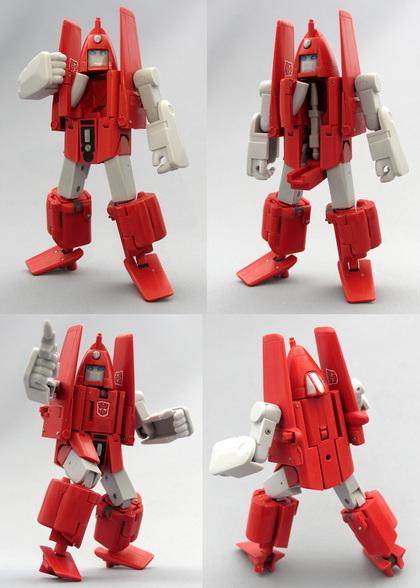 [Jizai Toys] Produit Tiers - G1 Powerglide/Survolo + Mégatron + Wheelie/Tourbillo + Ironhide/Rhino + Femelles Autobots, etc... Powerglide080714_2-thumbnail2
